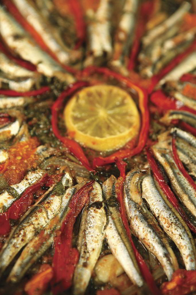 Sardines in garlic, lemon and oregano
